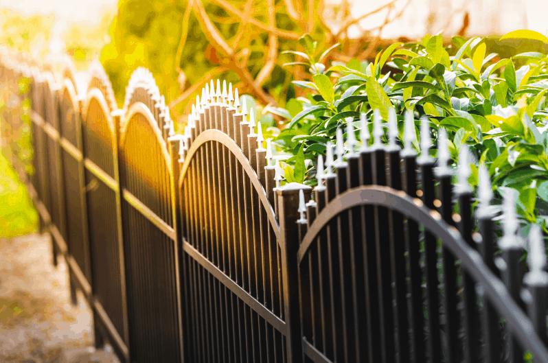 Semi Private Fence Toronto1